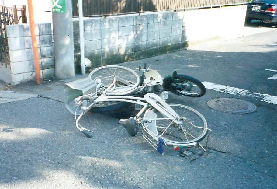 自転車の 自転車 写真 ブログ : 小5自転車事故、親に約1億円 ...